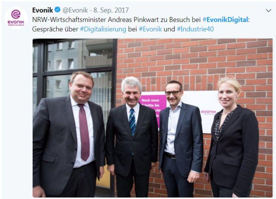 NRW minister of economics Andreas Pinkwart visits Evonik Digital