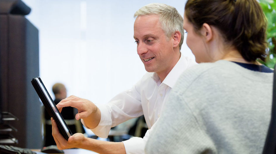 As part of a team at Evonik Digital, Philipp Zimmermann works for a digital and agile culture at Evonik.